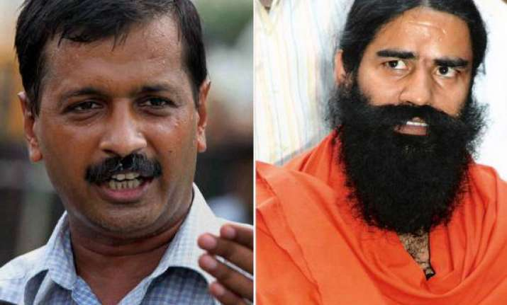 arvind kejriwal contradicts ramdev on protocol