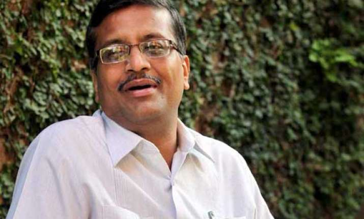 ashok khemka seeks central deputation