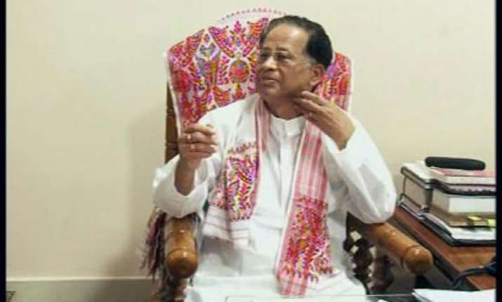 assam cm gogoi challenges kejriwal to prove corruption