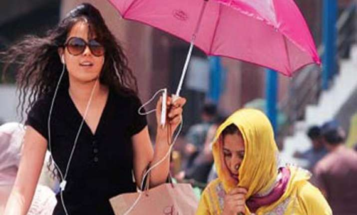 at 45.7 c today was delhi s hottest may in 10 years