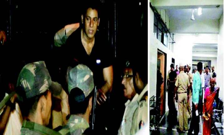 abu salem attack dawood s hand suspected 4 cops suspended