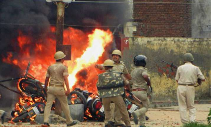 azamgarh tense slain ex bsp mla cremated 2 more die in