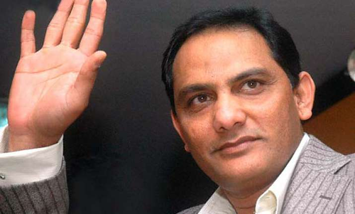 azharuddin issued notice for violating model code