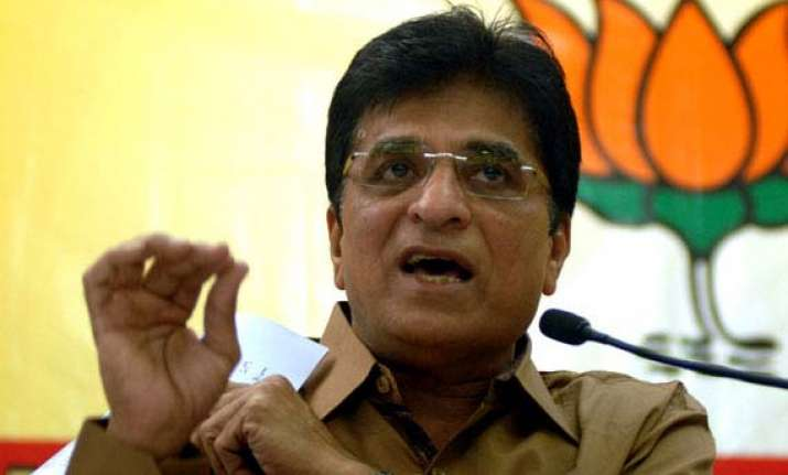 bjp mp kirit somaiya booked for assaulting mumbai cop