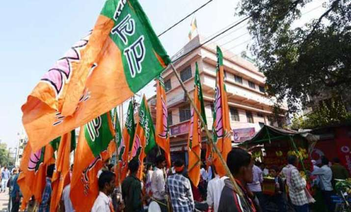 bjp confident of winning 4 7 seats in delhi