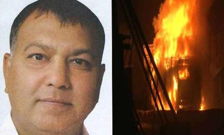 bjp leader shot dead in greater noida mob set ablaze