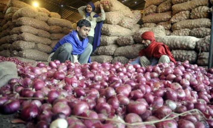 bjp to sell onions at rs 40 a kg in delhi