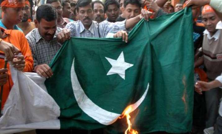 41 bjp workers held for burning pak flag in tn