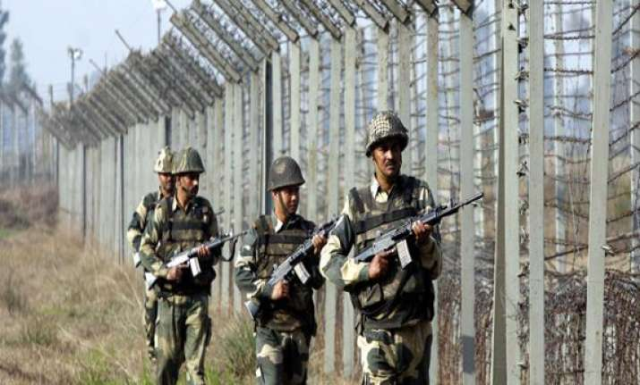 4 bsf jawans injured in hand grenade explosion