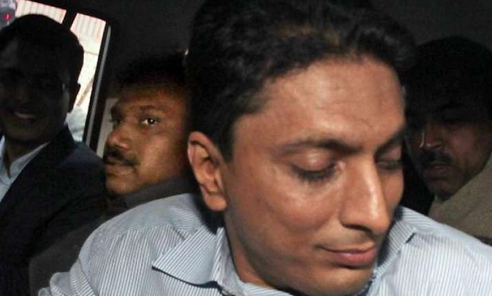 balwas withdraw bail plea minutes after kanimozhi s