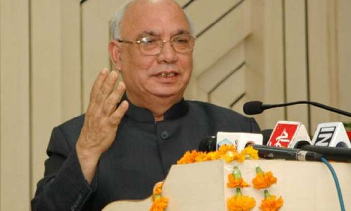 bangalore gets passing reference in governor s address