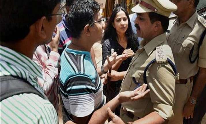 bangalore rape school chairman rustom kerawalla arrested
