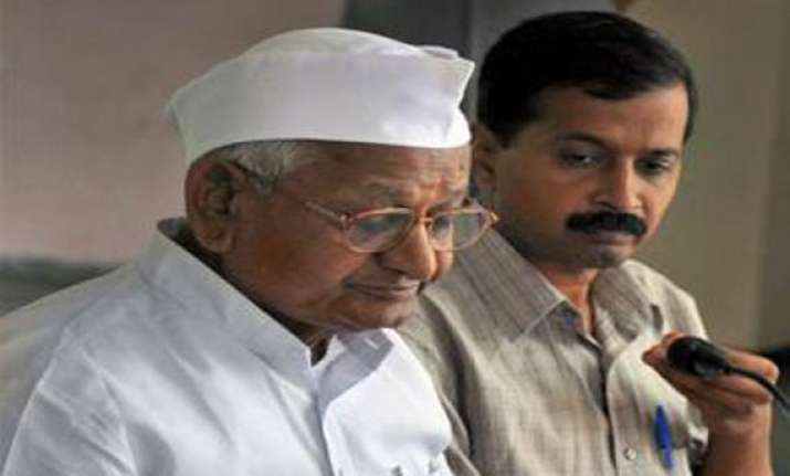 battle for hisar gets fierce anna factor adds to cong woes