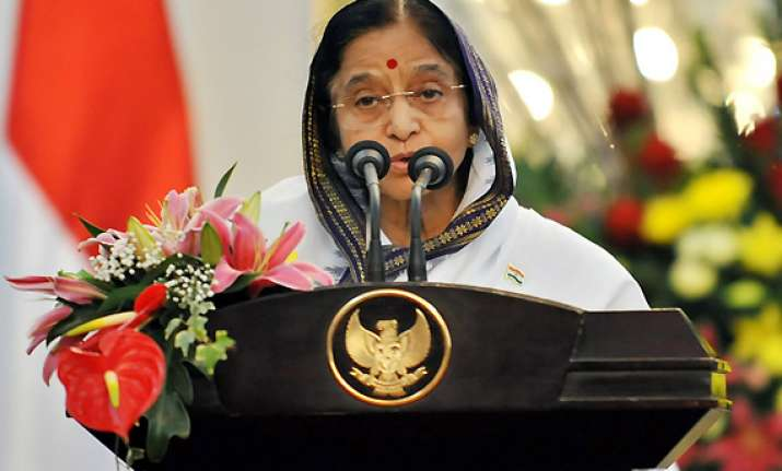 be cautious in bringing about reforms says president patil