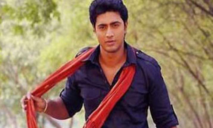 bengal matinee idol dev wins from ghatal