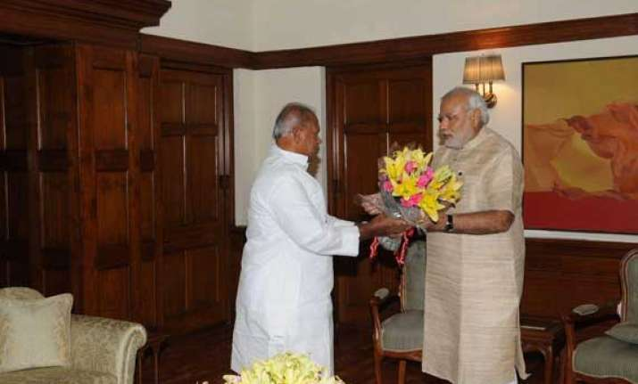 bihar cm meets pm pitches for special category status for