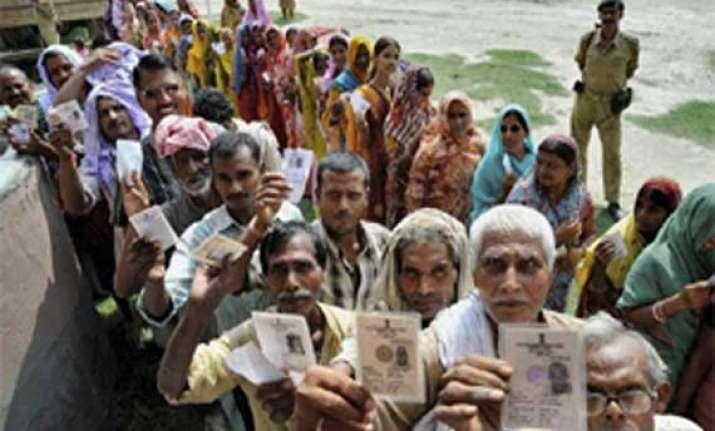 bihar declares all polling stations no smoking zones