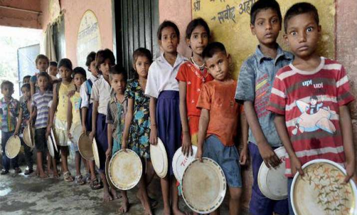 bihar mid day meal tragedy charge sheet against principal