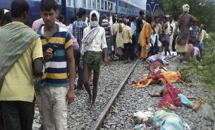 bihar train mishap railway minister blames state govt death