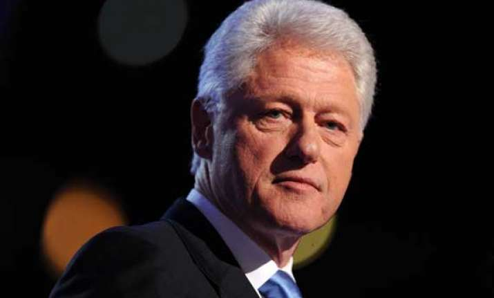 bill clinton in jaipur to visit mid day meal kitchen