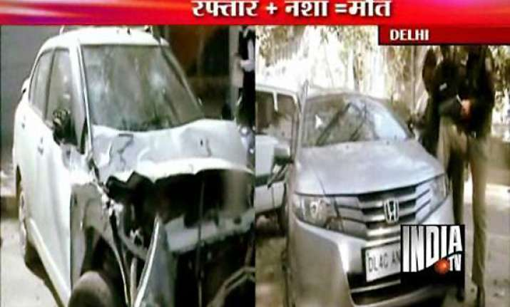 bollywood actor fardeen khan s relative killed in delhi car
