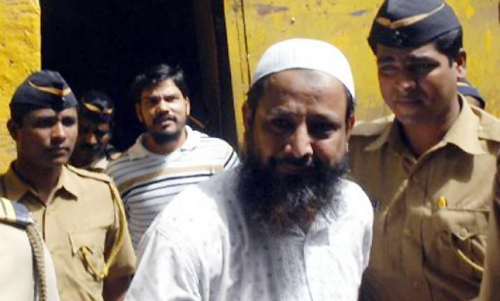 bombay hc confirms death penalty of three let members in