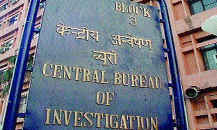 cbi arrests top i t officer husband two others for bribery