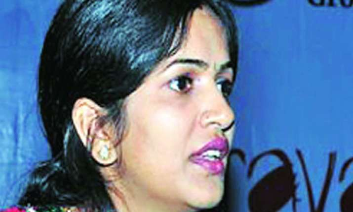 cbi takes over probe into geetanjali murder case