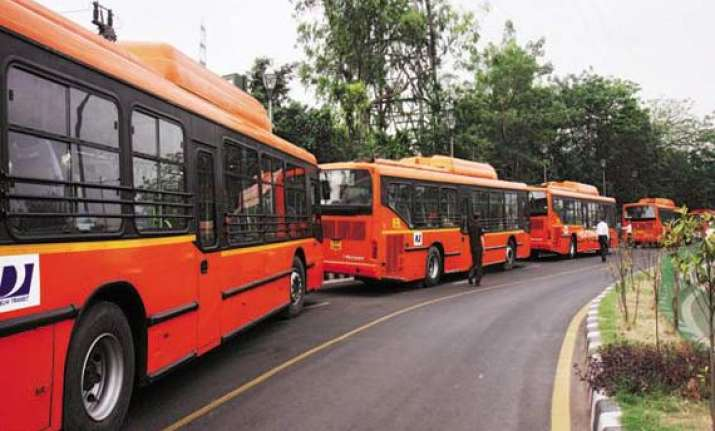 cctv cameras to be installed in cluster buses in delhi