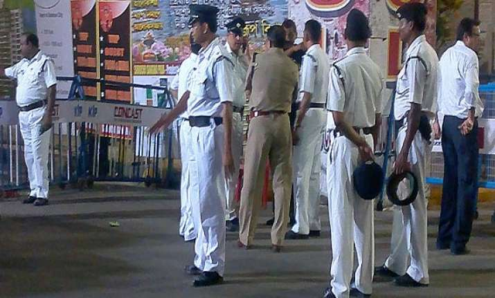 cisf jawan kills inspector in kolkata arrested