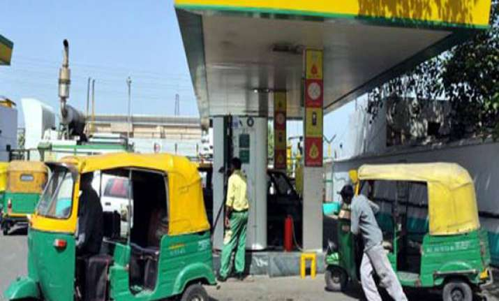 cng price hiked in delhi by rs 2.95 a kg png re 1 per unit