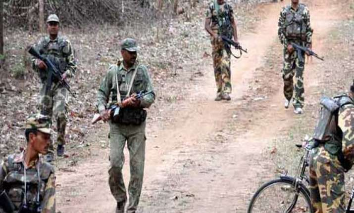 crpf officer killed in maoist attack in bihar