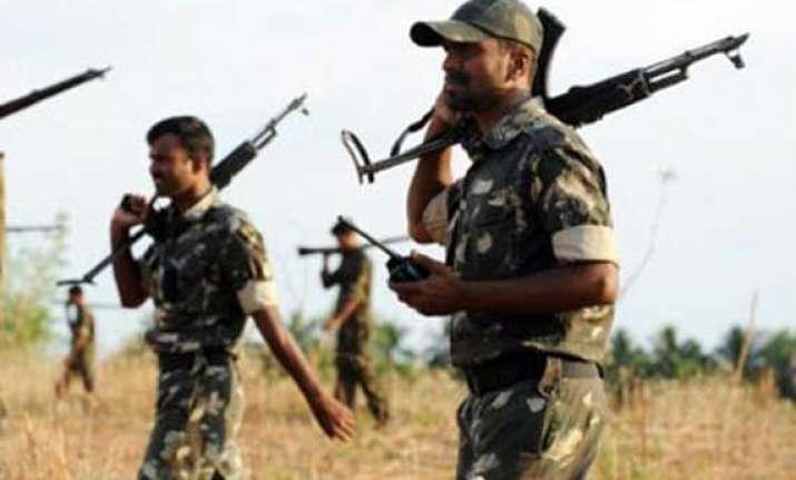 crpf jawan killed 10 security men injured in maoist