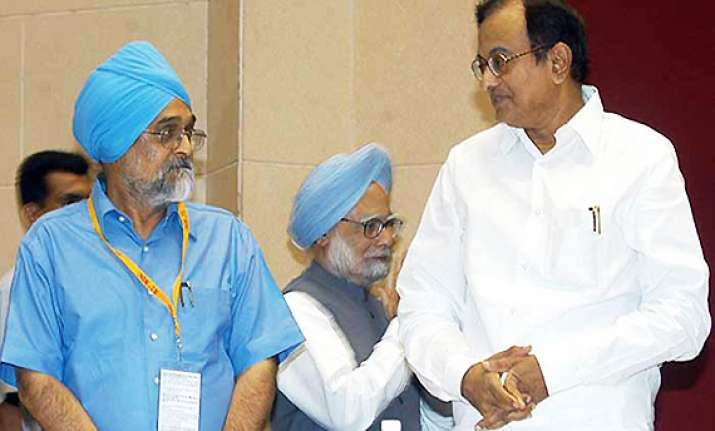 cabinet allows uidai to enrol 40 crore more