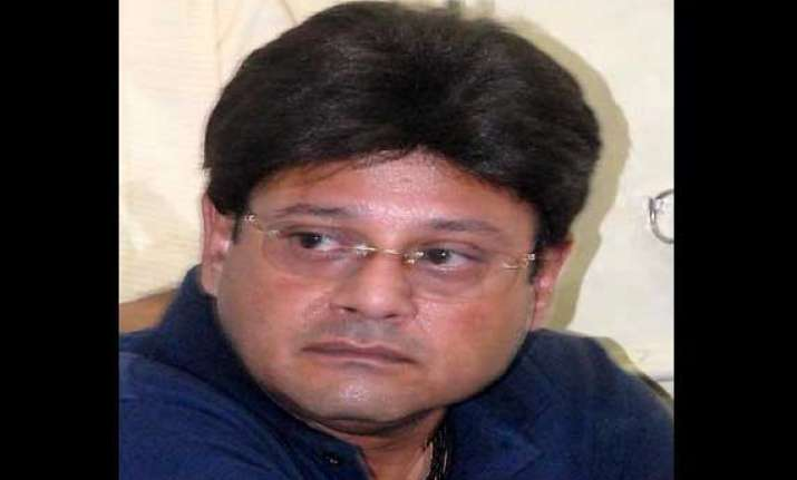 calcutta hc seeks bengal government s views on tapas pal