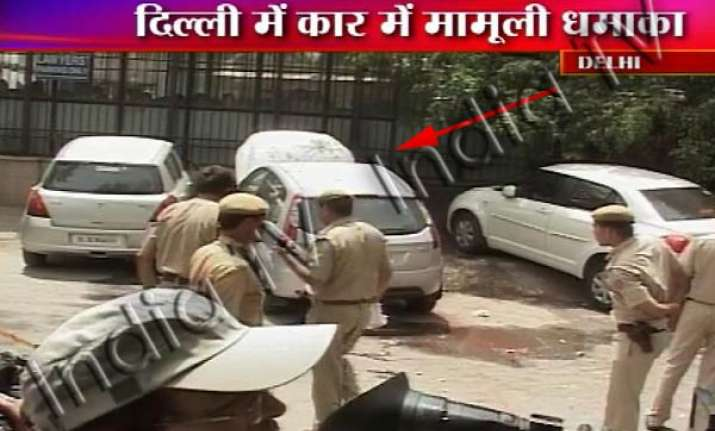 low intensity blast outside delhi high court alert in