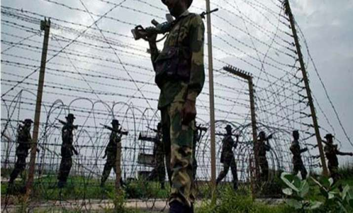 ceasefire violation along loc by pak troops