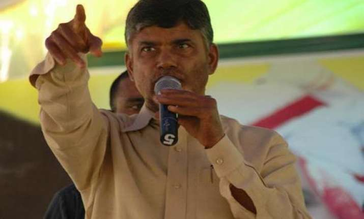 chandrababu targets sonia andhra cm over telangana issue