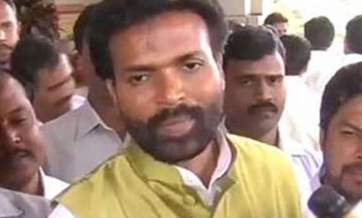 cheating case filed against sriramulu