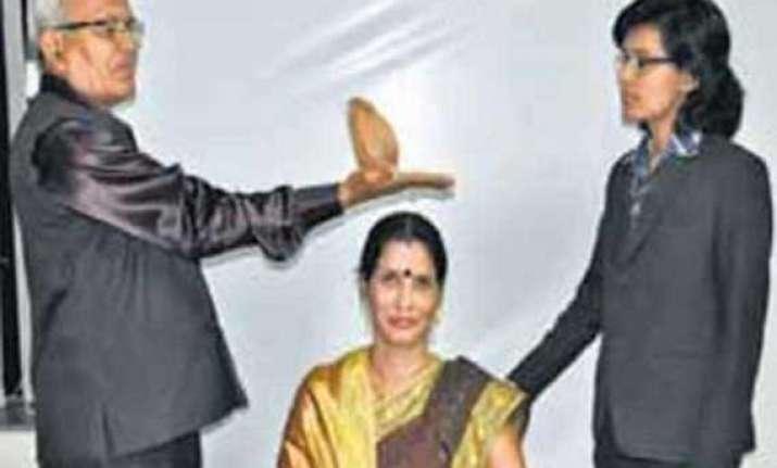 chhattisgarh man claims a coconut can ascertain human blood