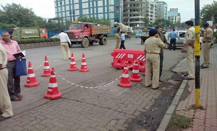 chhota shakeel aide ajay gosaliya injured in firing out of