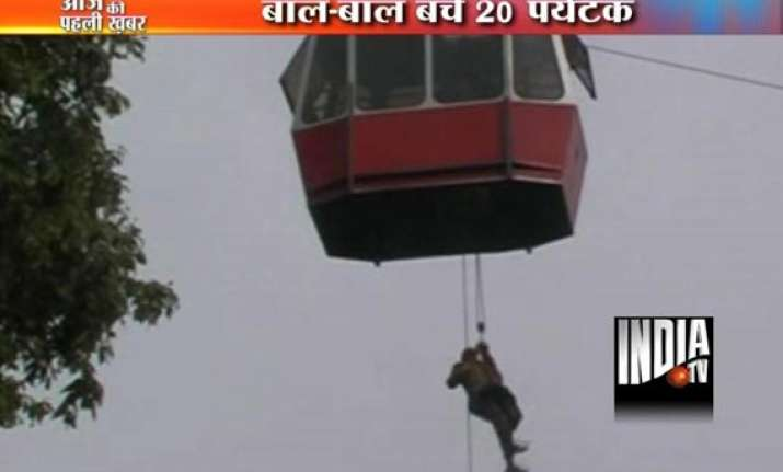 chilling footage of 21 tourists rescued from stuck ropeway