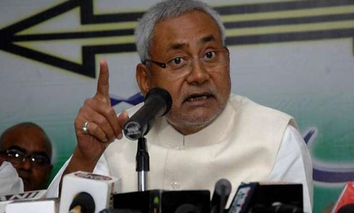china growth model unsuitable to india says nitish