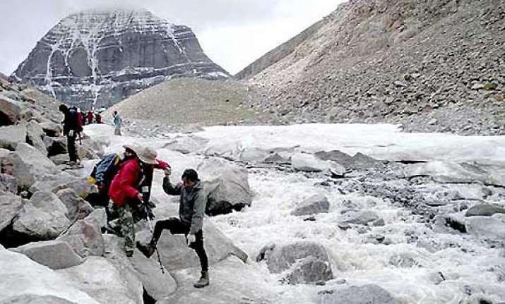 china stops indian kailash mansarovar pilgrims from