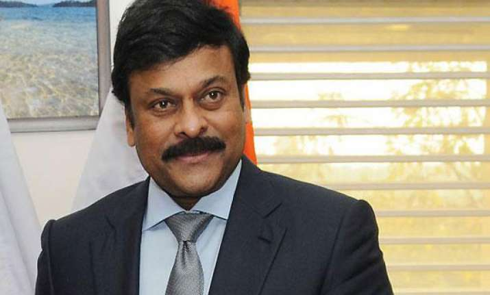 chiranjeevi resigns as minister over telangana decision