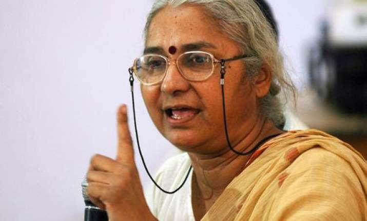 civil liberty group moves ec against medha patkar