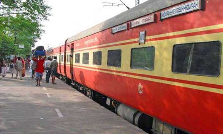 close shave for howrah rajdhani passengers