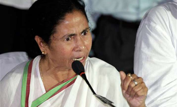 comments of politicians aggravating assam flare up mamata