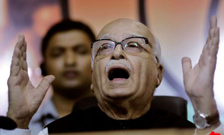 confusion on who is no.2 in govt says advani
