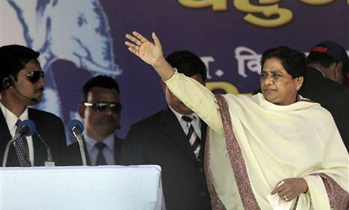cong enacting drama on batla house encounter says mayawati